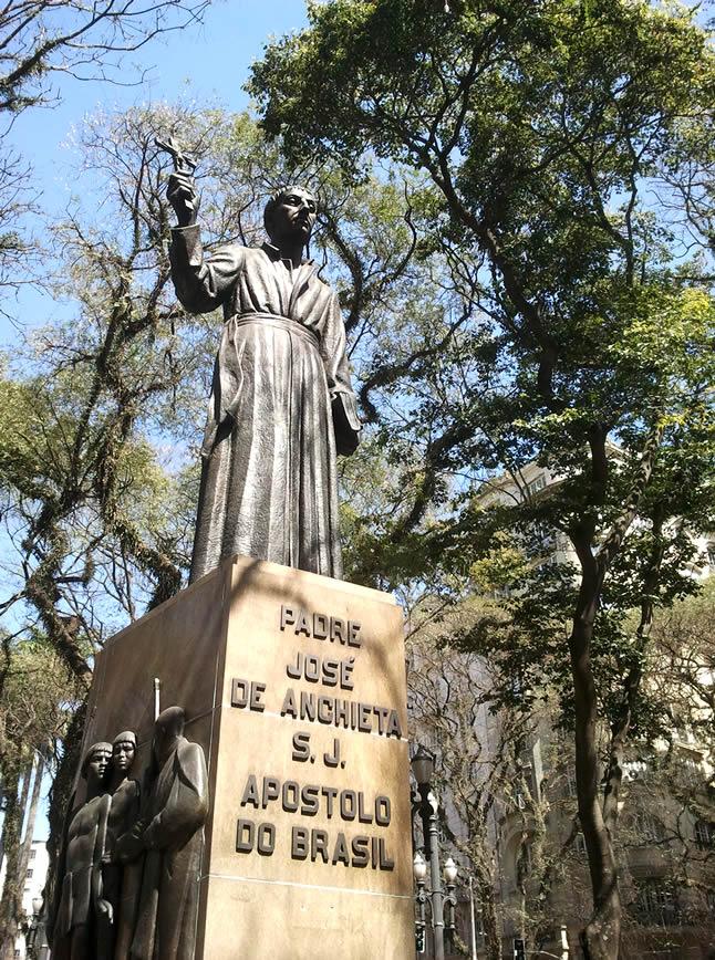 Estatua-en-Sao-Paulo
