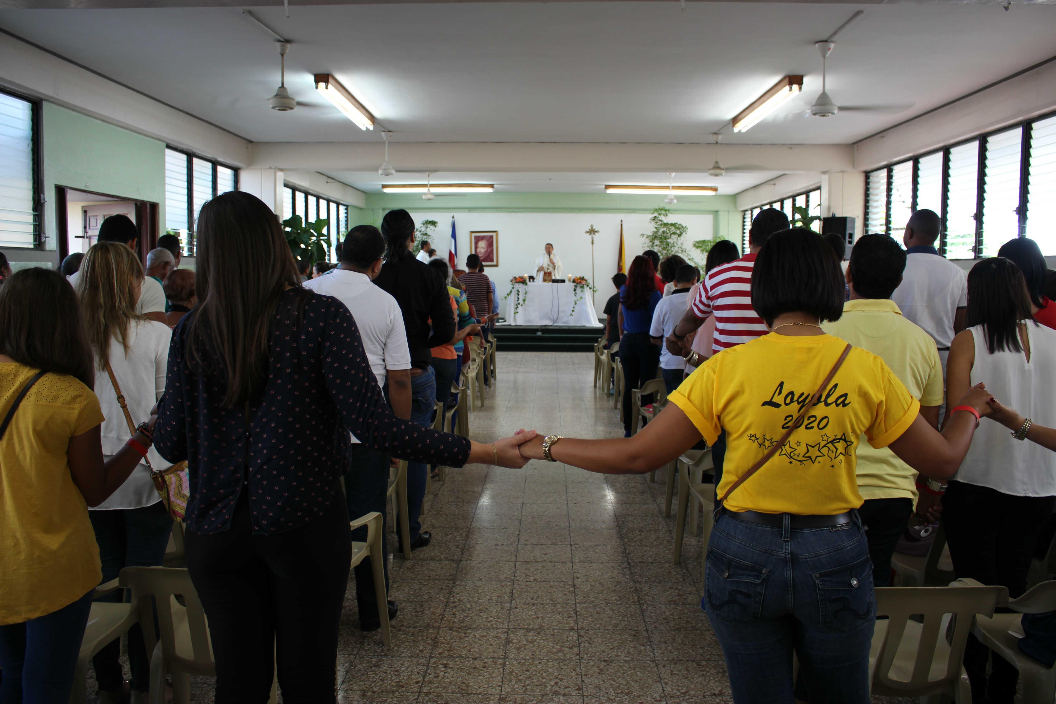 Republica Dominicana Colegio Loyola Fiesta Familiar Flacsi