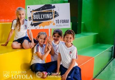 bullying-t-fora_33993371045_o