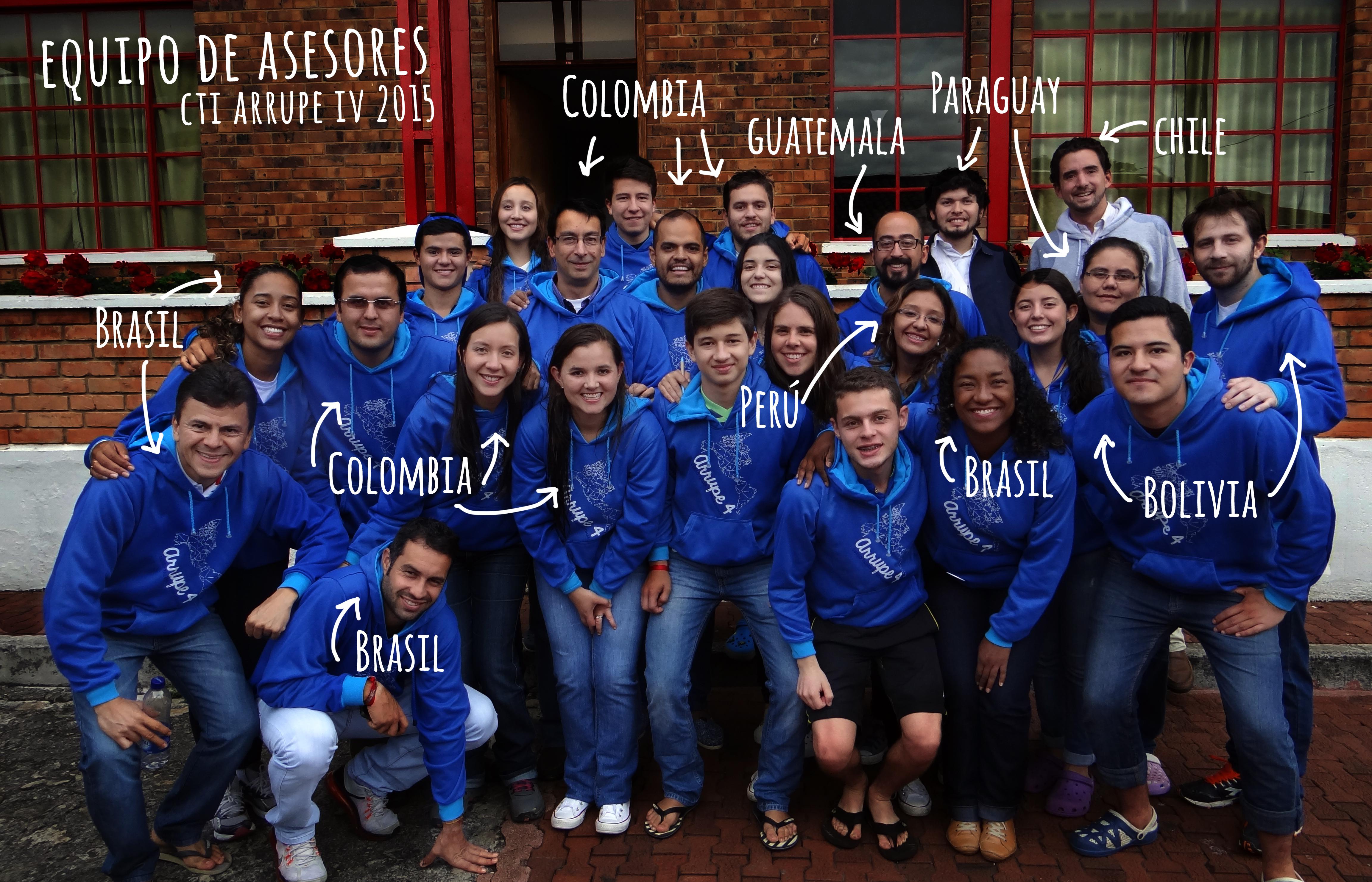 Foto-formal-equipo-asesores